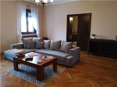 Apartament ultracentral 3 camere de lux 100 mp